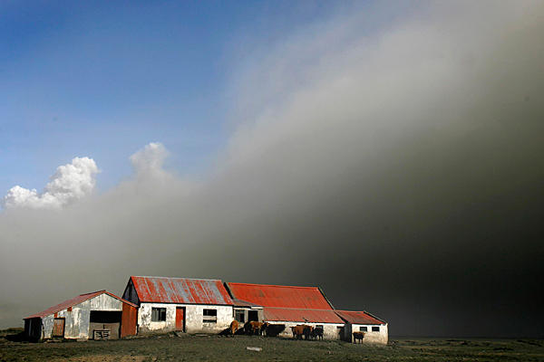 Iceland-volcanic-ash-cloud
