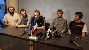 Estonian hostages