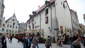 Tourists-Tallinn