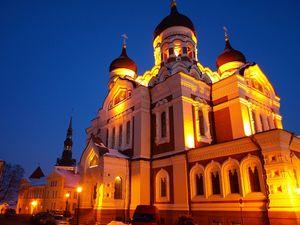 Alexander-Nevsky-Cathedral-Night-Tallinn-Estonia