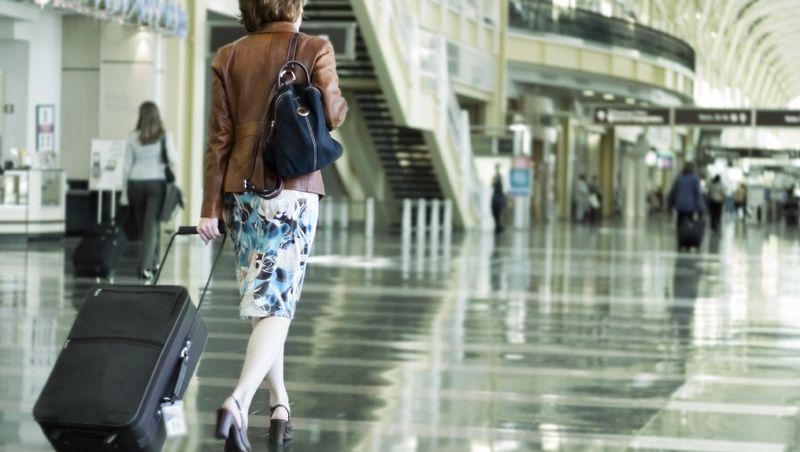 People leaving Estonia